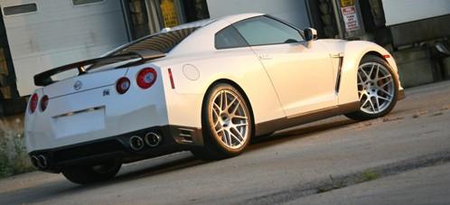 تعديلات لسيارة Nissan GTR