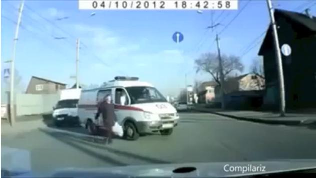 فيديو لاشخاص على حافة الموت