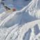 فيديو: متزلج يعثر على رجل غطته الثلوج في انهيار ثلجي